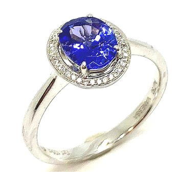 18 kt White Gold Oval Ring withTanzanite and Diamonds