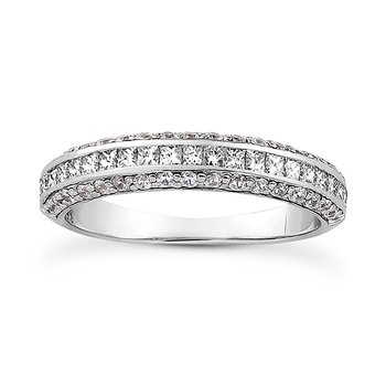 wedding band with diamonds on all sides