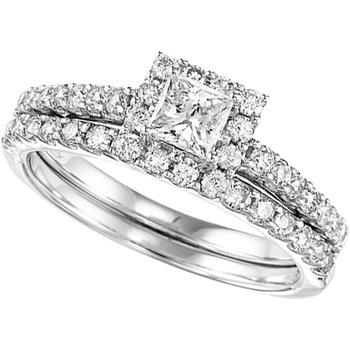 Princess Cut  Diamond Halo Engagement Ring