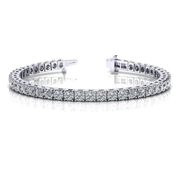 Desirable Tennis Bracelet With 4.56 cttw Diamonds