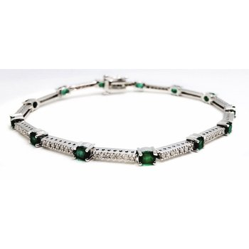Impressive White Gold Oval Emerald and Diamond Bracelet