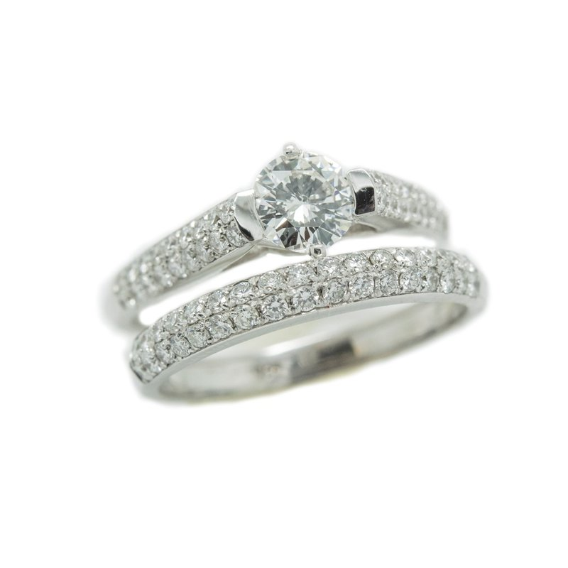 18kt White Gold Diamond Engagement Ring and Wedding Band Set with 1/2 Carat Center Diamond