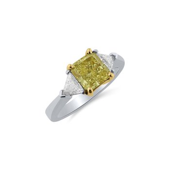 Stunning 18 kt Ring with Natural Fancy Yellow Diamond and Trillion Side Diamonds