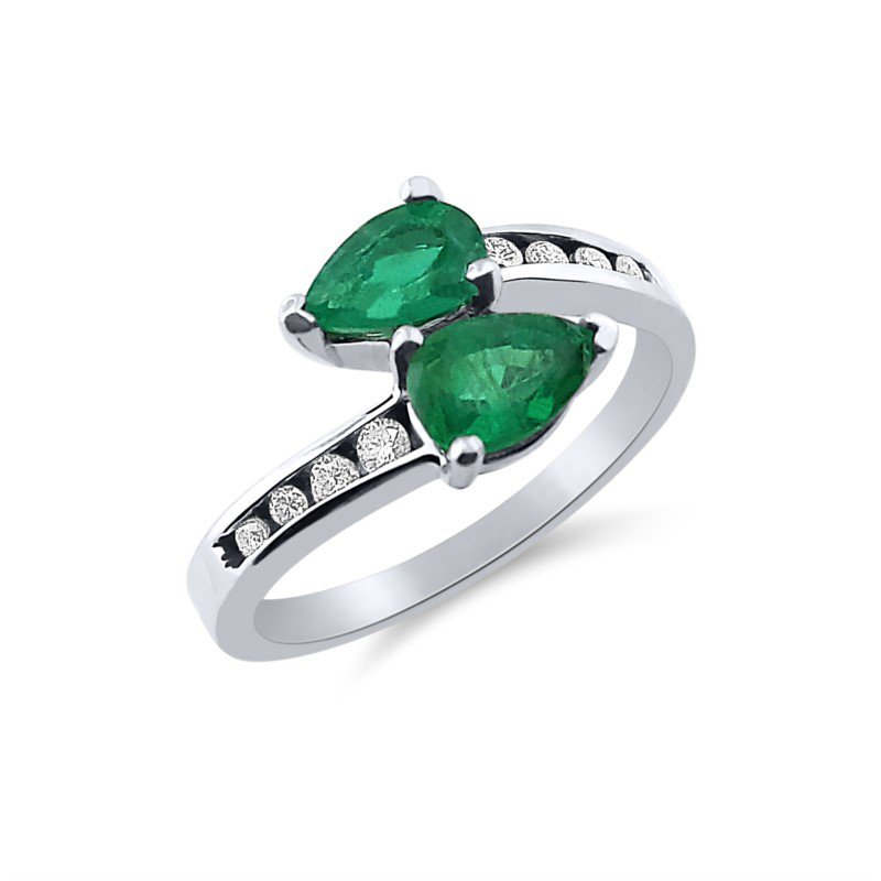 White Gold Diamond and Emerald Ring