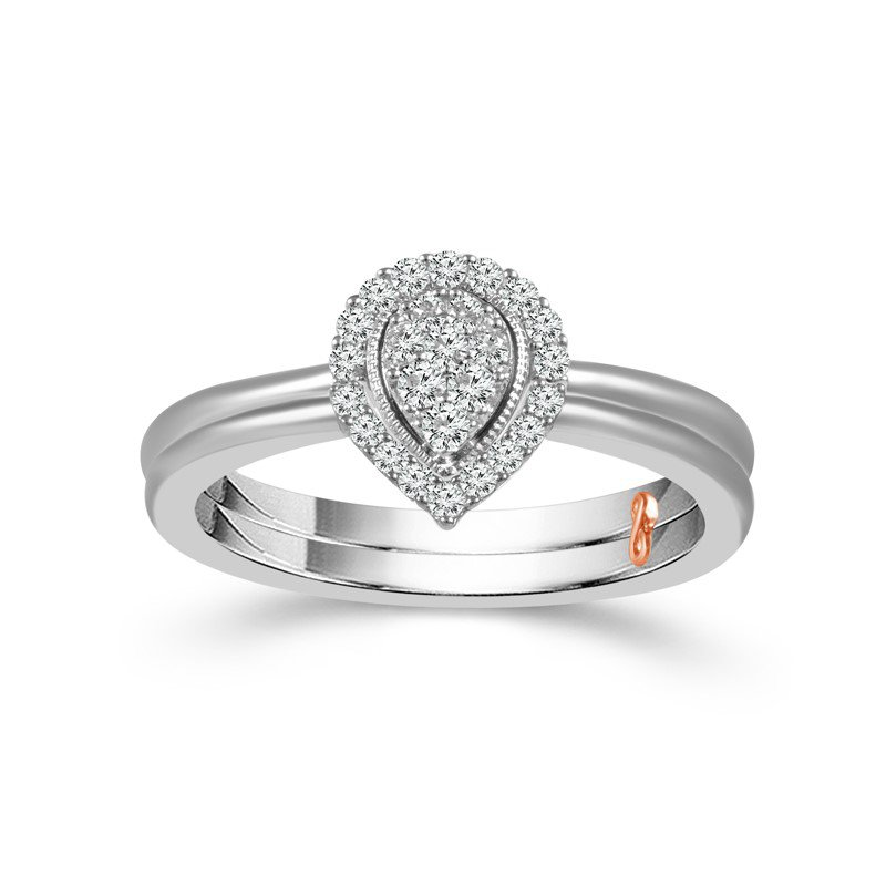 14 Karat White Gold Diamond Pear Shape Bridal Set