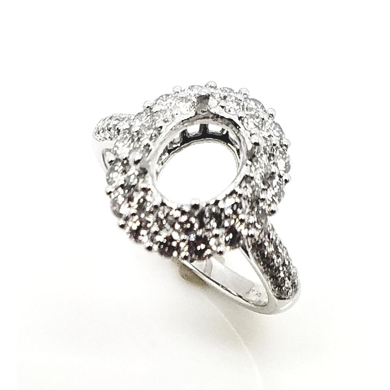 White Gold Ring with Double Halo Set with Diamonds