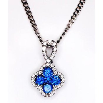Quatrefoil Pendant Set with Cluster of Sapphire and Diamonds