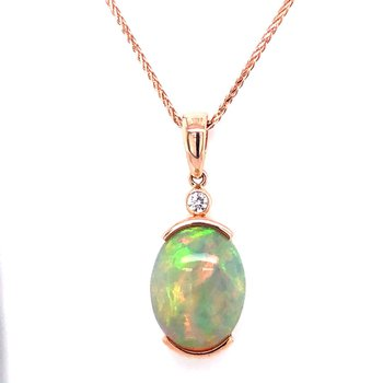 14 kt Gold Flashy Opal Pendant