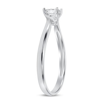 Solitaire Princess Cut Diamond Ring