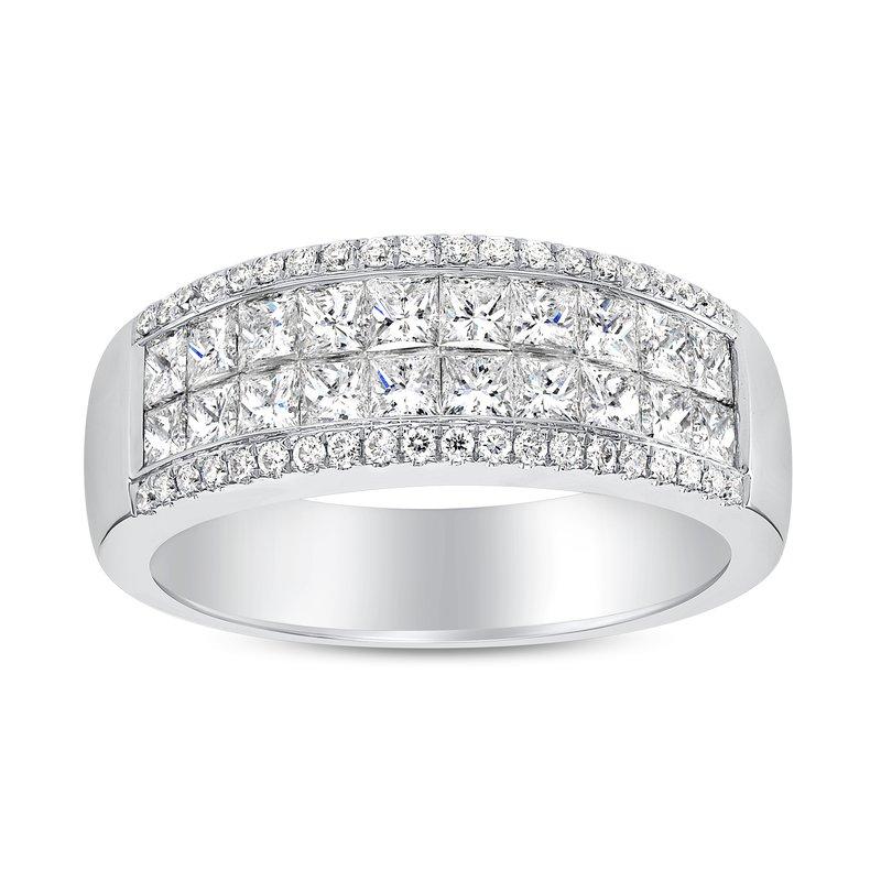 Princess Cut Diamond Invisible Band