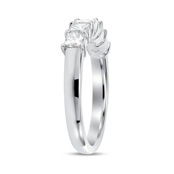 Princess Cut Diamond Buttercup Band