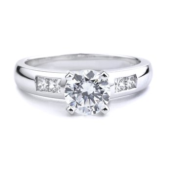 Classic Princess Cut Diamond Engagement Ring