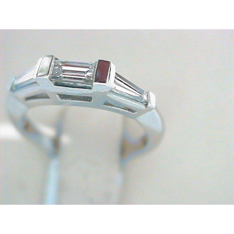 Spitz Jewelers 110-00052