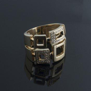 Yellow gold geometrical diamond ring
