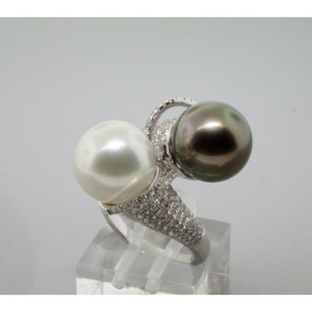 Double pearls fashion ring
