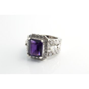 Amethyst diamond fashion ring