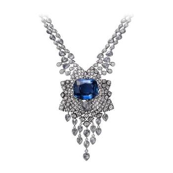 Dazzling diamond & Sapphire Necklace