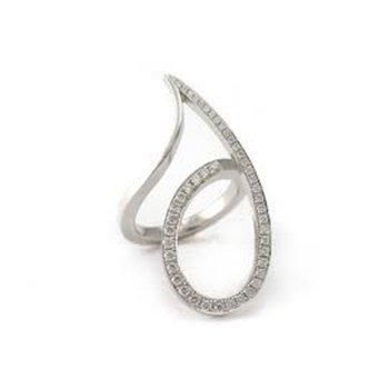 Swirl shape fashion ring with diamonds