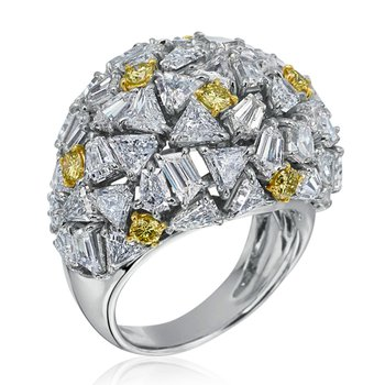 Amazingly designed fashion ring with fine diamonds