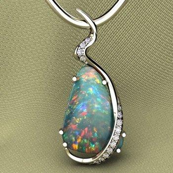 Uniquely designed necklace with multicolor opal