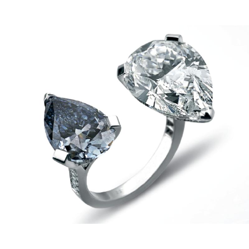 Antony Jewelers Double fashion ring with diamonds