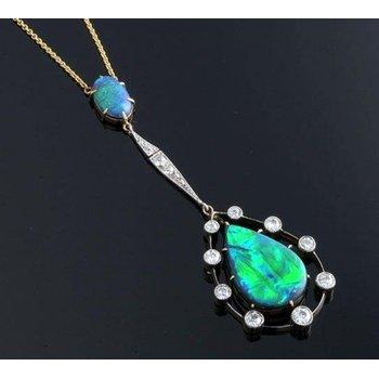 Beautifully designed australian opal necklace