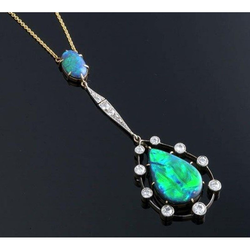 Antony Jewelers Beautifully designed australian opal necklace