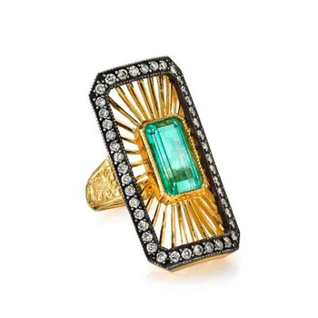 One-of-a-kind fashion ring with Columbian Emerald
