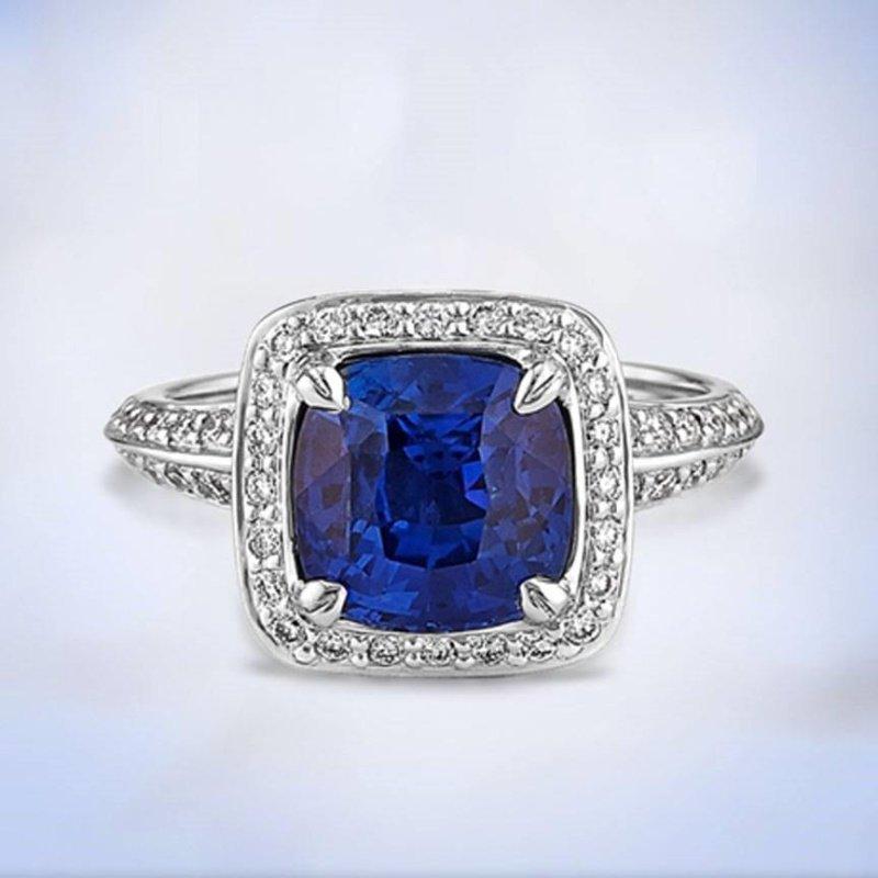 Antony Jewelers Blue sapphire fashion ring