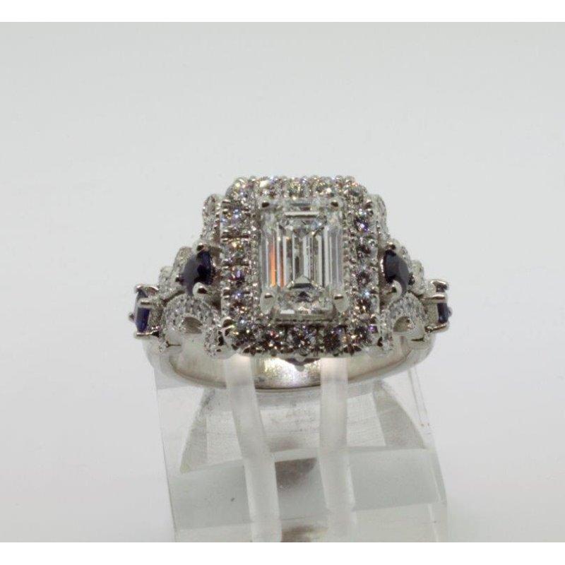 Antony Jewelers Amazingly designed engagement ring