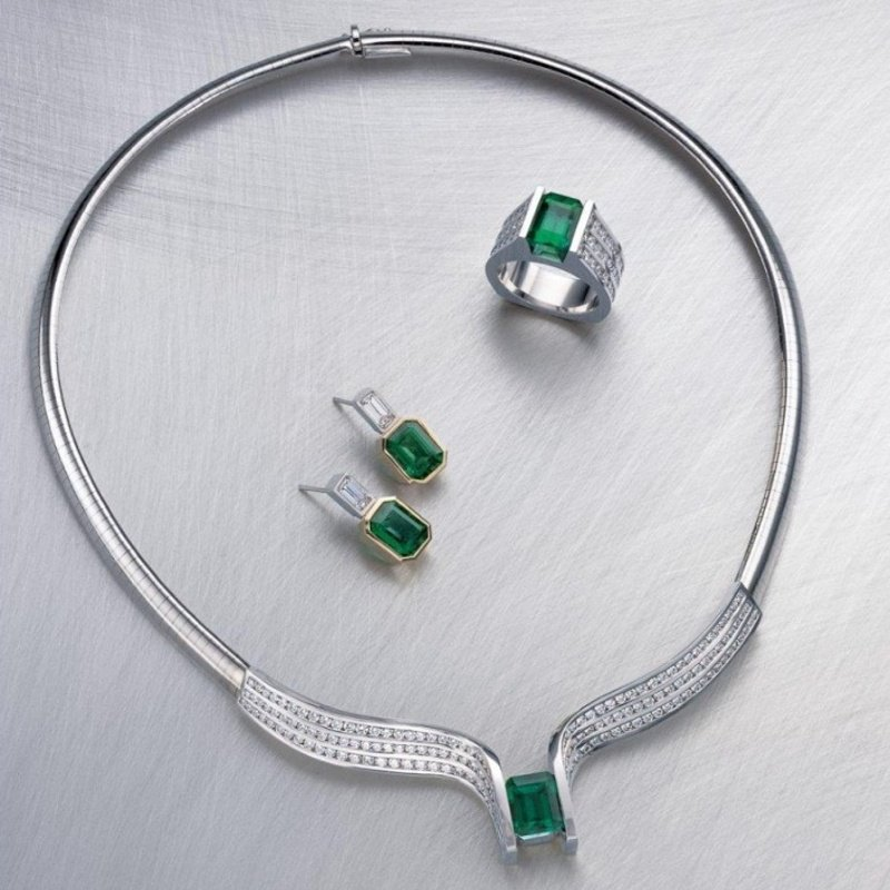 Antony Jewelers Contemporary set :necklace,earrings,ring with diamonds and Columbian emeralds