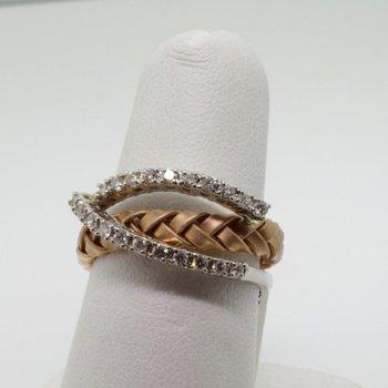 Two tone fashion ring with diamonds