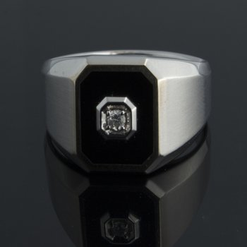 White gold brushed and high-polished men's ring