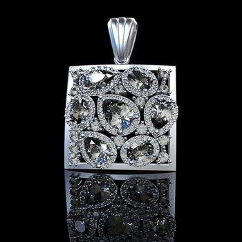 Stylish beautiful necklace with pear shape diamonds