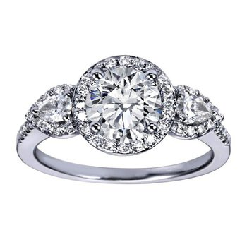 Delicate engagement ring with diamonds