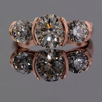 Timeless rose gold engagement ring with diamonds
