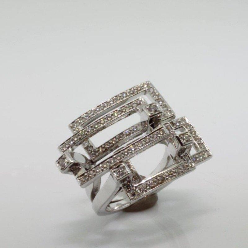 Antony Jewelers Unique geometrical diamond ring