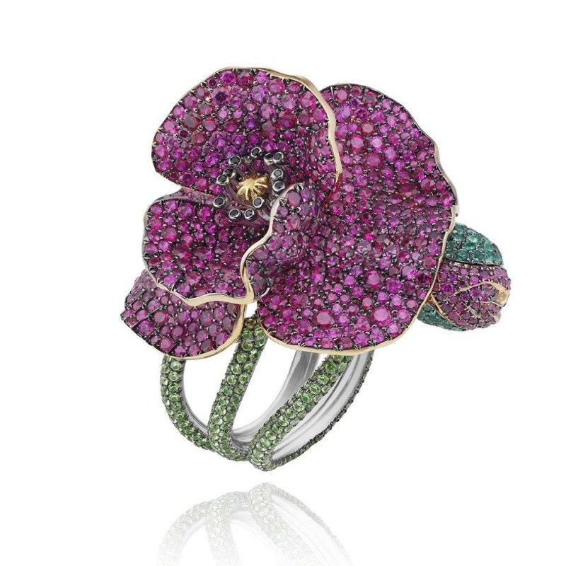 Antony Jewelers Floral finely detailed cocktail ring