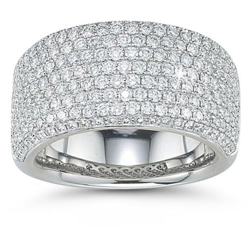 Antony Jewelers Electrifying diamond band