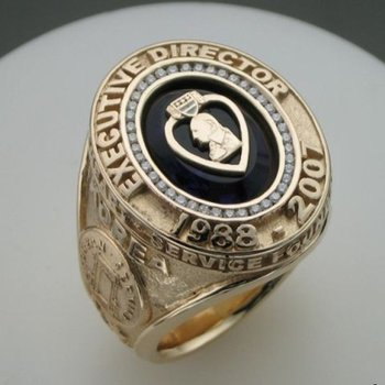 Amazingly designed men's ring
