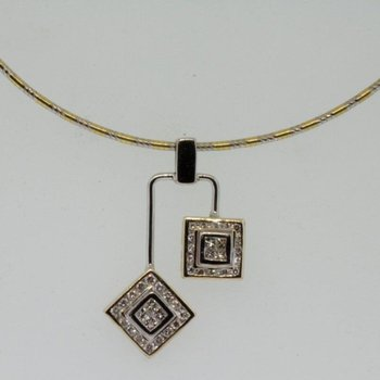Geometrically shaped gold necklace