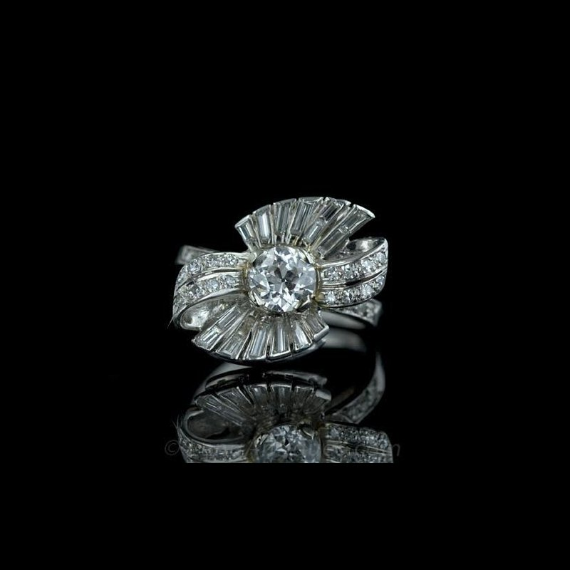 Antony Jewelers Bow diamond ring