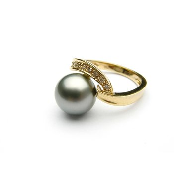 Tahitian pearl cocktail ring