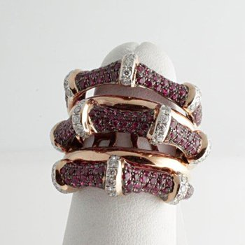Fantastically designed fashion ring with diamonds and rubies