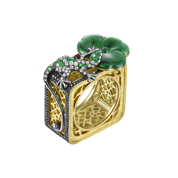 Green Gade lucky ring
