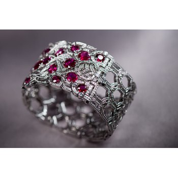 diamond and ruby fashion ring
