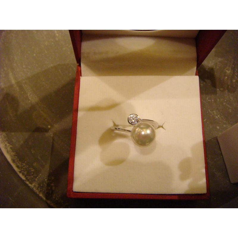 Antony Jewelers The perfect pearl ring