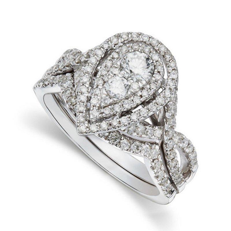 Antony Jewelers Amazingly constructed engagement ring