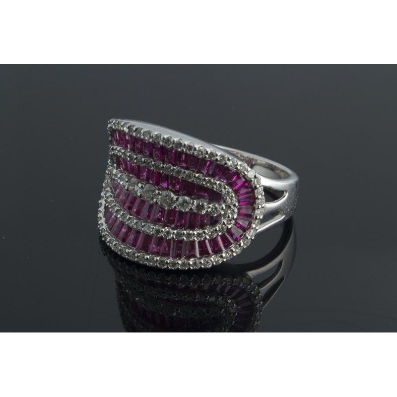 Antony Jewelers Rubies cocktail fashion ring