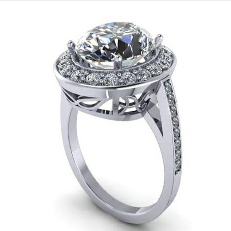 Antony Jewelers Round diamond's engagement ring